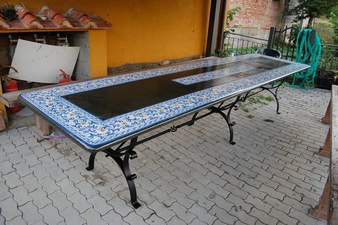 Tavoli Da Giardino Ceramica Caltagirone.Tavoli In Ceramica Di Caltagirone Prezzi